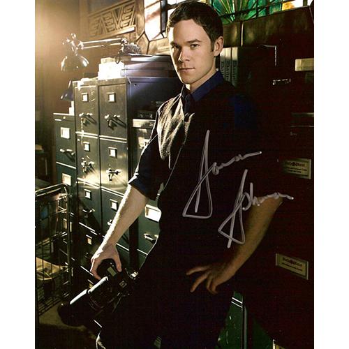 "Aaron Ashmore Autographed 8""x10"" Photo (Smallville)"