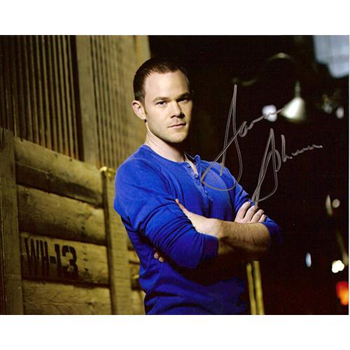 "Aaron Ashmore Autographed 8""x10"" Photo (Warehouse 13)"