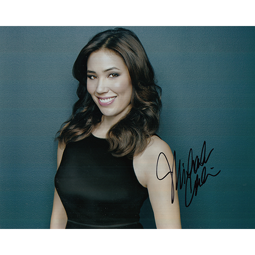 "Michaela Conlin Autographed 8""x10"" (Bones)"
