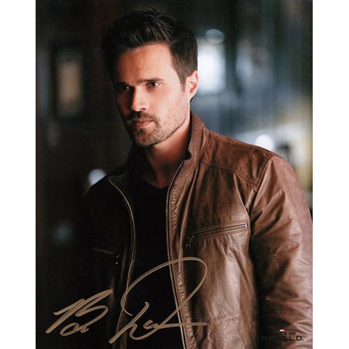 """Brett Dalton Autographed 8""""x10"""" (Agents of S.H.I.E.L.D.)"""