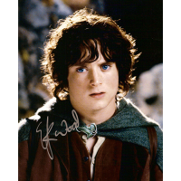 "Elijah Wood Autographed 8""x10"" Photo (Portrait)"