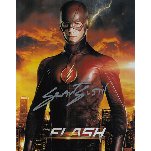 """Grant Gustin Autographed 8""""x10"""" (The Flash)"""