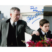 "David Mazouz and Sean Pertwee Autographed 8""x10"" (Gotham)"