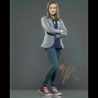 "Elizabeth Henstridge Autographed 8""x10"""