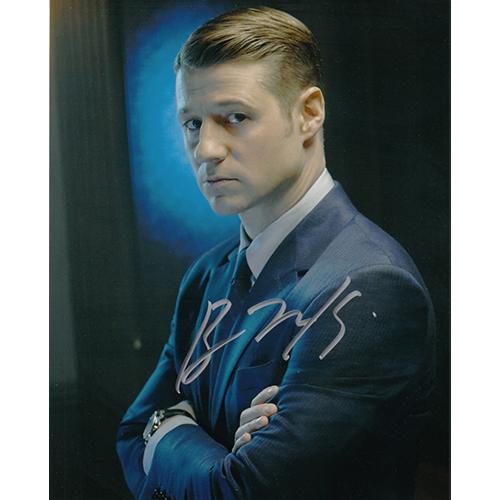 """Ben McKenzie Autographed 8""""x10"""" (Gotham)"""