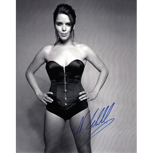 """Neve Campbell Autographed 8"""" x 10"""" - 1"""