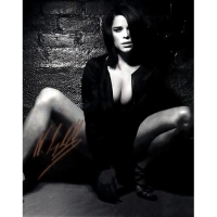 """Neve Campbell Autographed 8"""" x 10"""" - 4"""