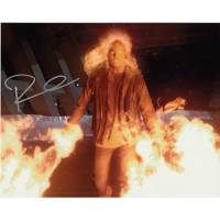 """Robbie Amell Autographed 8""""x10"""" (The Flash)"""