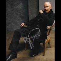 "Michael Rosenbaum Autographed 8"" x 10"" (Smallville 4)"