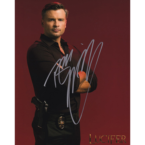 """Tom Welling Autographed 8""""x10"""" (Lucifer)"""