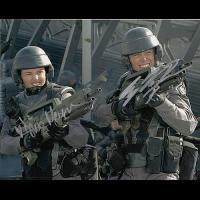 """Casper Van Dien and Dina Meyer Autographed 8""""x10"""" (Starship Troopers)"""