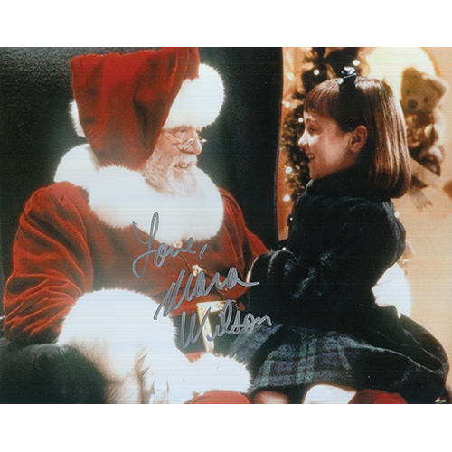 """Mara Wilson Autographed 8""""x10"""" (Miracle on 34th Street)"""